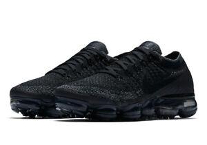 1a949e74438a2 Nike WOMEN S Air Vapormax Flyknit TRIPLE BLACK SIZE 10 BRAND NEW
