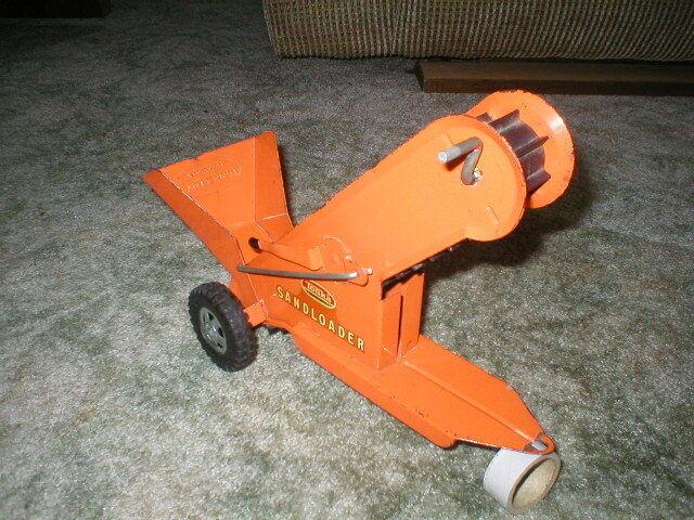 1964 Tonka Spielzeug Sandloader ( Part of No. 616 set) Complete Very Good  Orange