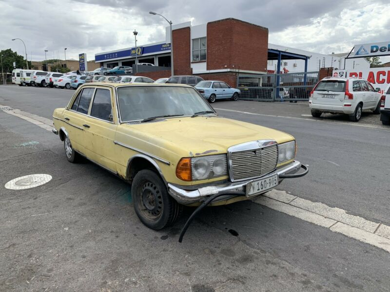 BENZO PARTS NOW STRIPPING: 1984 MERCEDES-BENZ W123 SERIES 200 PETROL