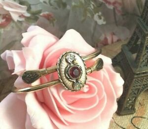 Antique-Victorian-Etruscan-Revival-Jewellery-Gold-Bangle-Vintage-Ruby-Jewelry
