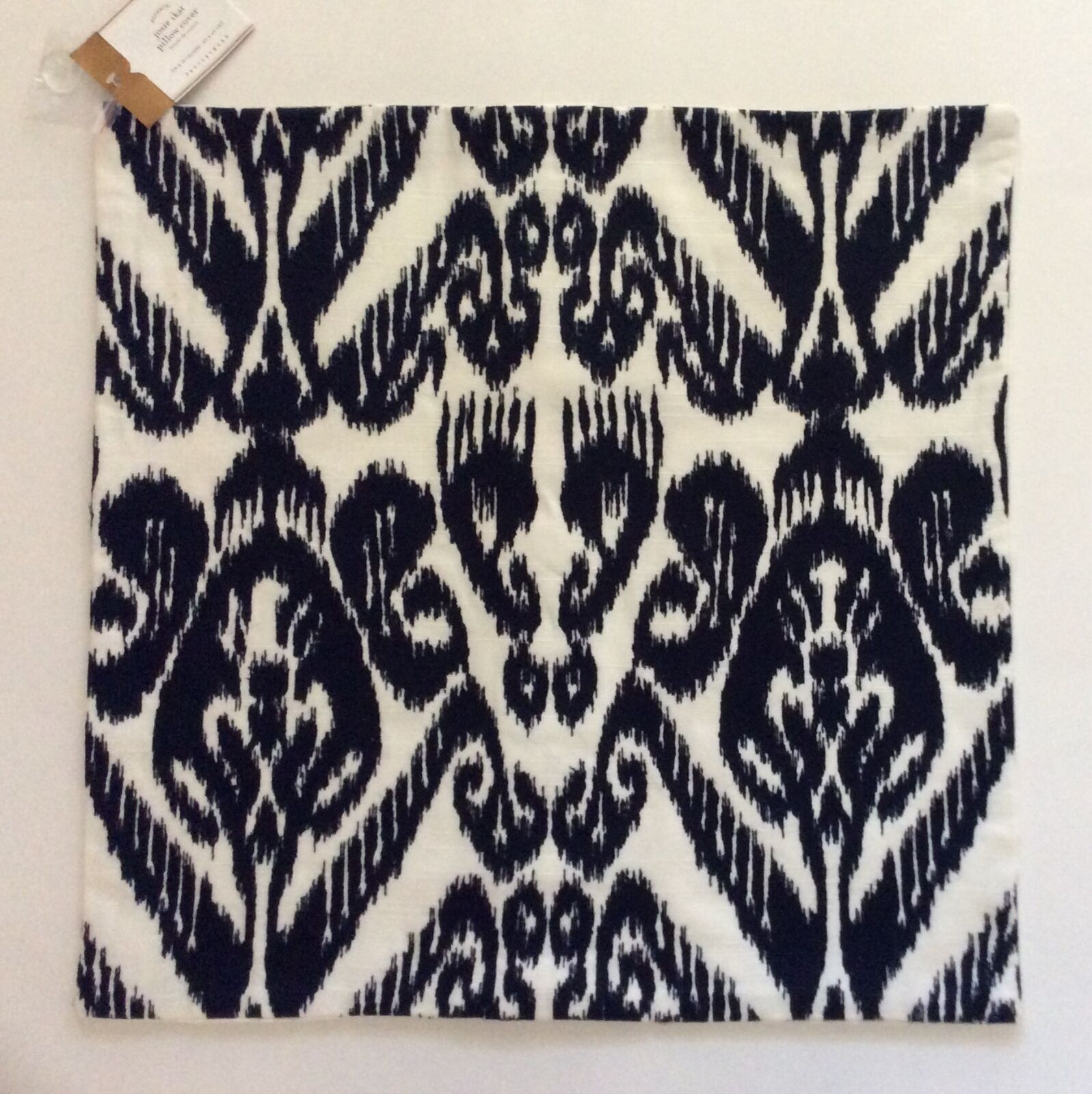 Pottery Barn JOSIE IKAT EMBROIDErosso PILLOW COVER  18x18   New with Tags