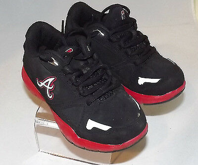 NEW Youth FILA Trail Shoe size 4 Charcoal//Black//Red 118A am