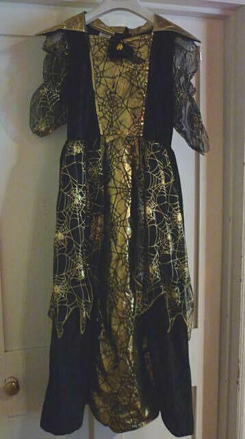 Girls Fancy Dress Black with Gold Hallowe'en Costume age 11 - 13 years