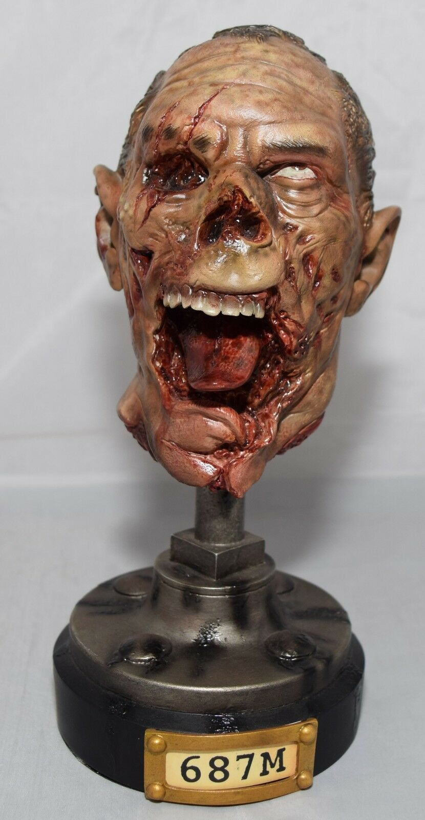 SIDESHOW COLLECTIBLES THE DEAD SPECIMENS LEGENDARY SCALE BUST OVERBITE 2001001