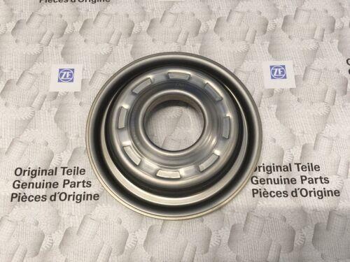 ZF 8HP45,8HP45X,8HP50,8HP50X Kolben für Kupplung C Original ZF 0501 335 044