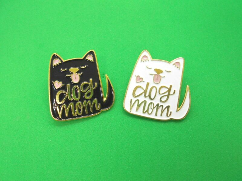 """dog Mom"" Brooch Metal Badge Black Or White Dog Shaped Heart Mum Pin Furbaby"