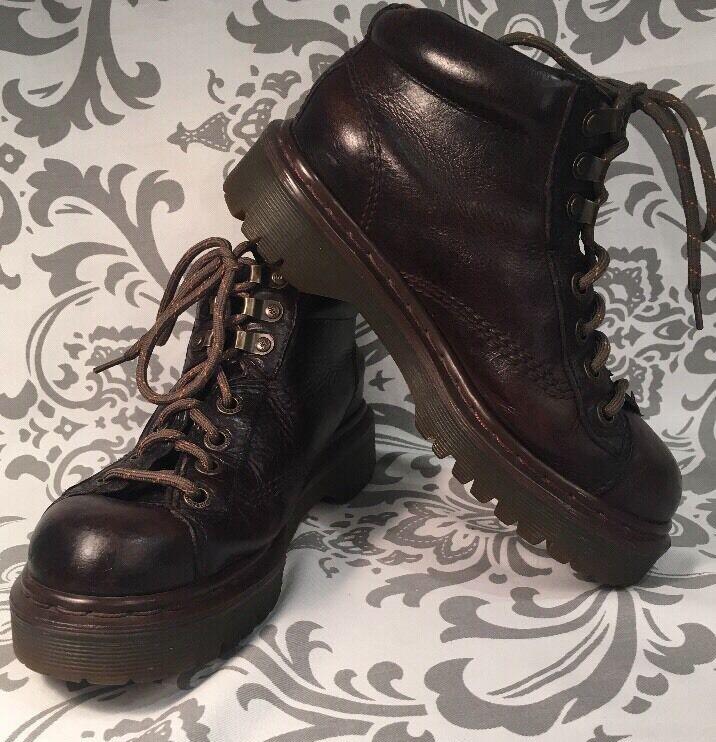 wholesape economico Vintage Unisex DR MARTENS AIR AIR AIR WAIR Ankle Chukka stivali 4M 6W RARE  ENGLAND  318  il miglior servizio post-vendita