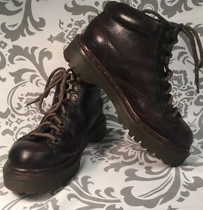 Vintage-Unisex-DR-MARTENS-AIR-WAIR-Ankle-Chukka-Boots-4M-6W-RARE-ENGLAND-318