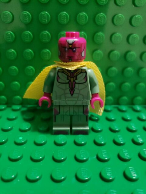 LEGO Super Heroes Vision w Yellow Spot on Forehead Minifigure 76067 76103 Sh303