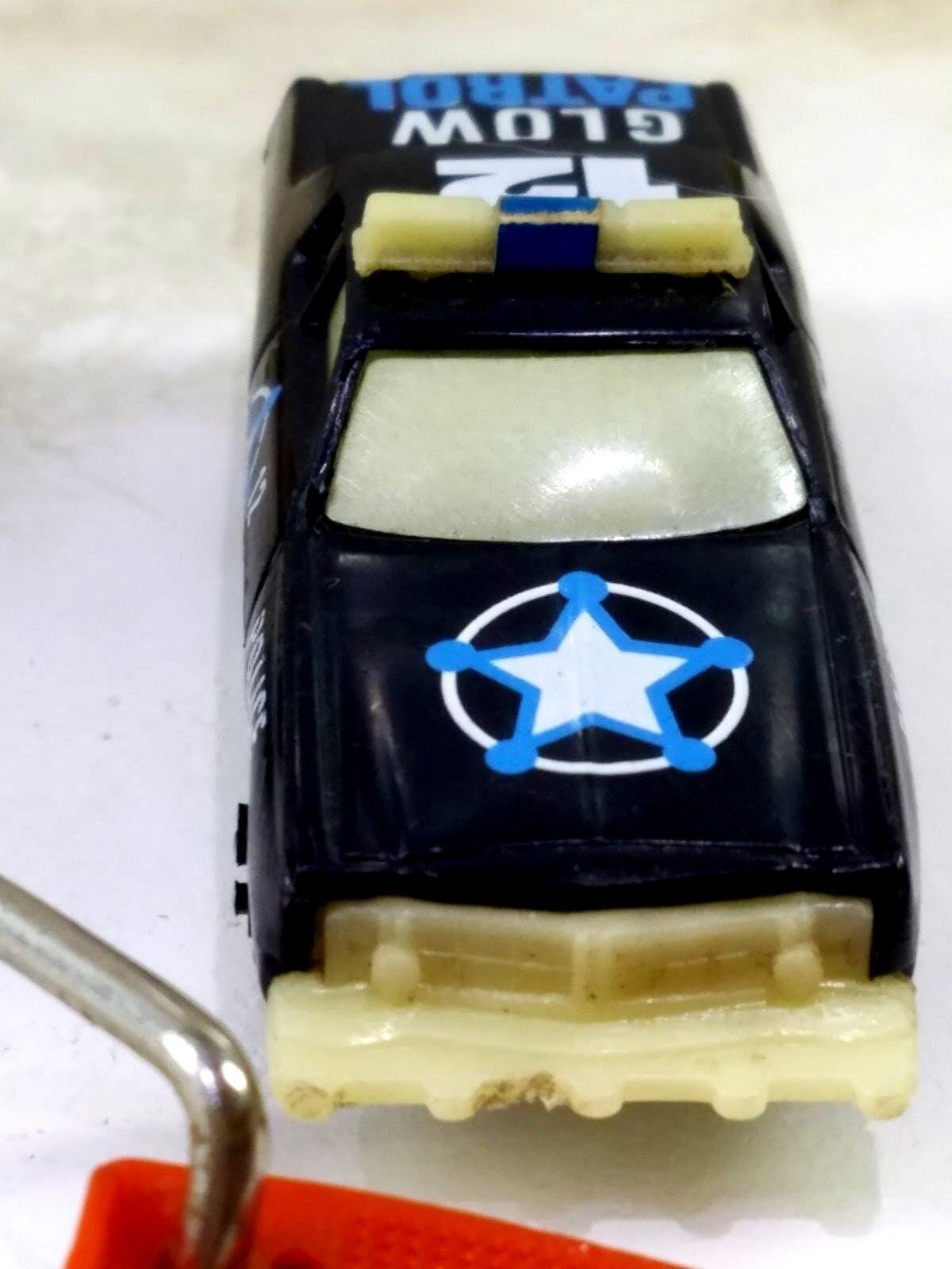 Vintage 80 Kidco Glow Corvette & Glow Patrol Burnin Key Key Key Car w LAUNCH KEY 1 64 0b575a