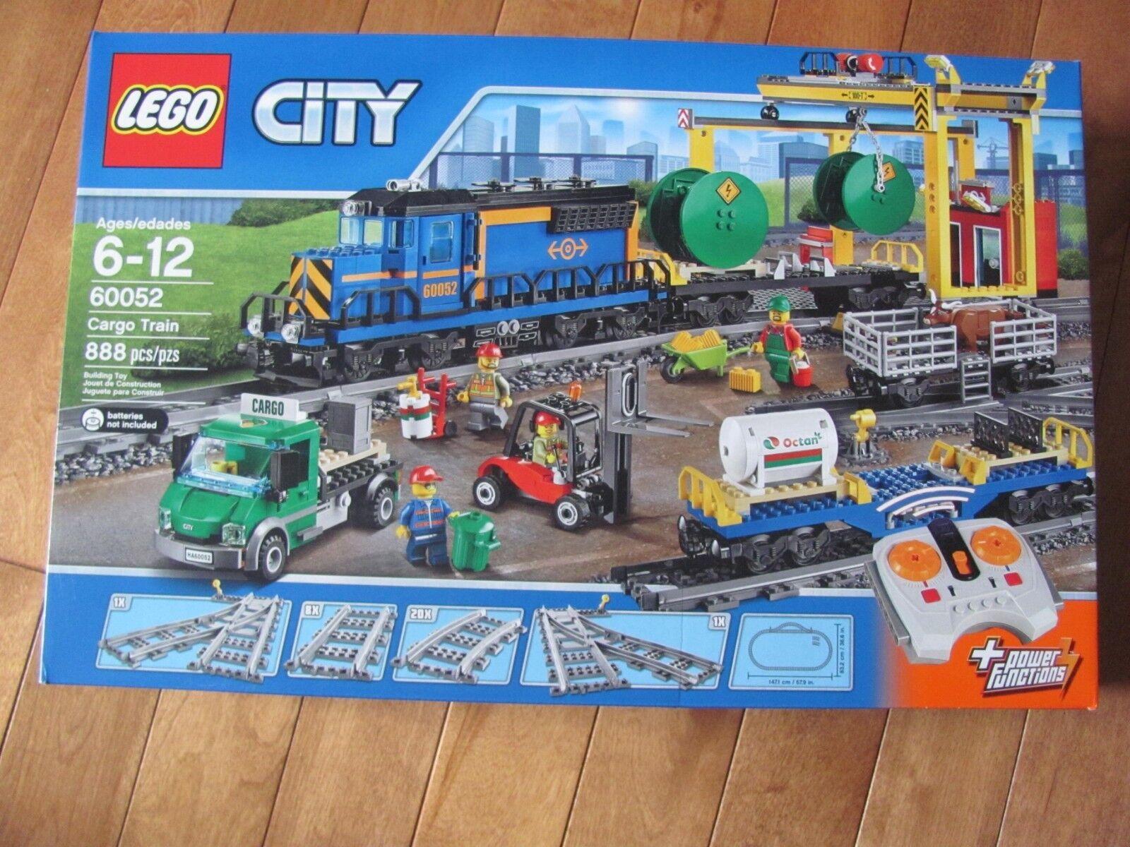 LEGO City  60052 CARGO TRAIN TRAIN TRAIN 888 Pcs RetiROT NEW Sealed 18ad29