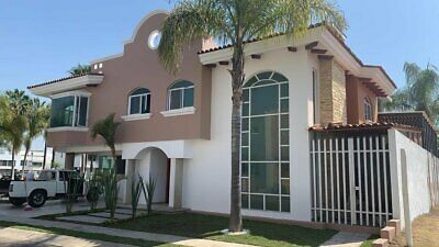 Casa amplia en venta Nueva Galicia Coto Granada Tlajomulco de Zuñiga Jalisco