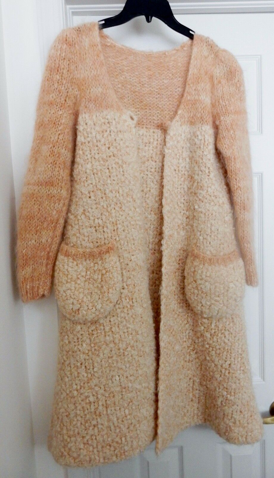 HAND KNIT Sweater Sweater Sweater Wool Blend Mohair L S Boucle Curly Lamb Look Peach No Size S M c304aa