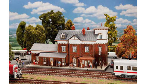 FALLER Nieder-Ramstadt-Traisa Station Model of the Month Kit I HO Gauge 191717
