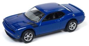 1/64 JOHNNY LIGHTNING 2010 Dodge Challenger R/T in Deep Water Blue Metallic