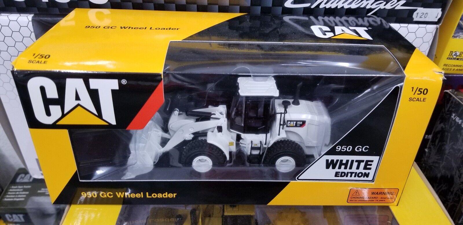 Tonkin 10010-02 1 50 Caterpillar 950 GC Wheel Loader in Mining White EDITION