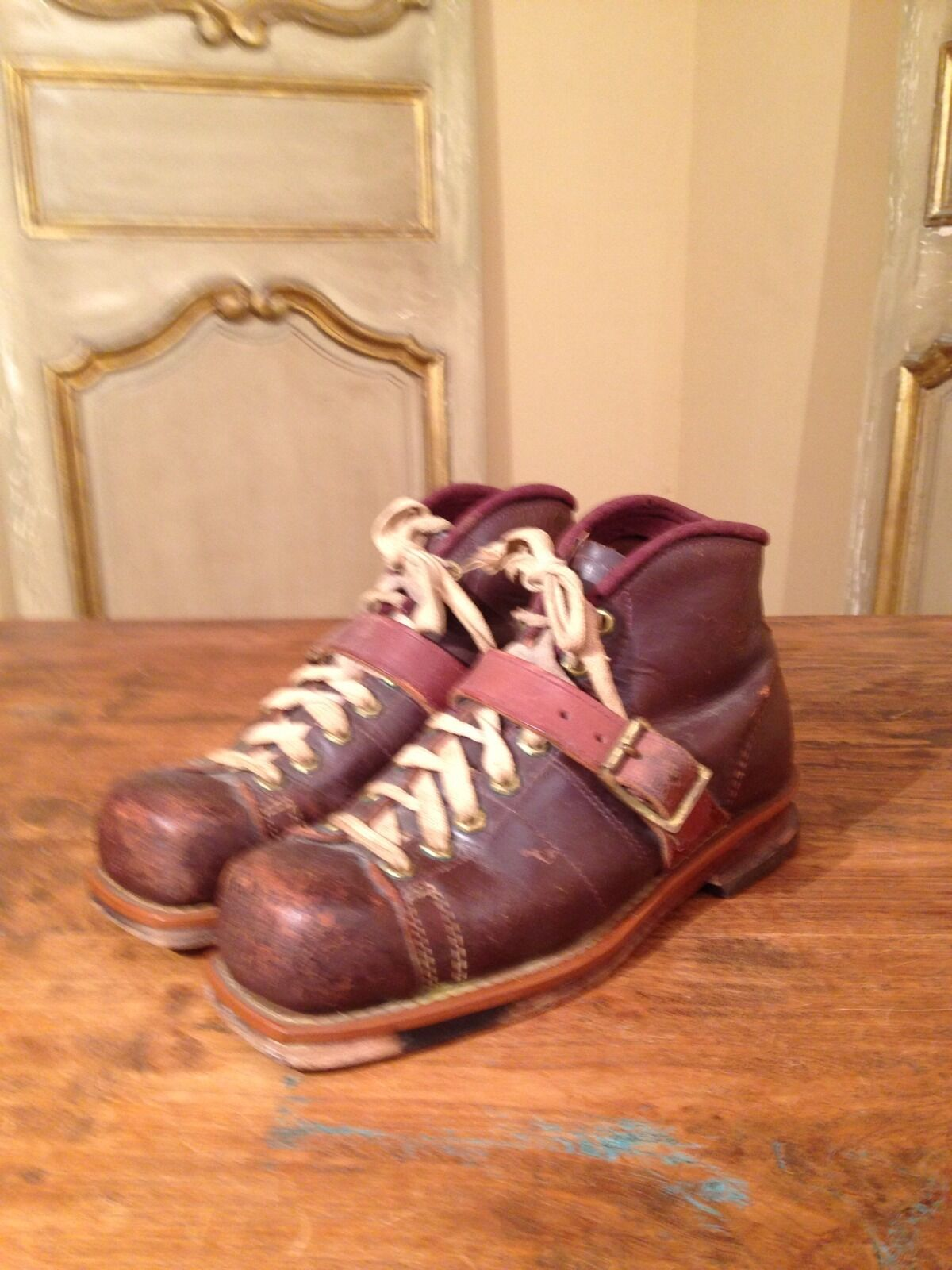 VTG WWII Military Boots Mountaineering Hiking Ski Boots Rare  Mens  9