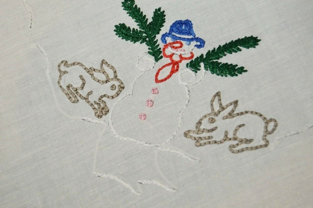 FROSTY SNOWhomme & FOREST FRIENDS  VTG GERhomme HAND CHRISTMAS TABLECLOTH DEER BUNNY