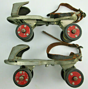 Vintage-Roller-Skates-Sears-Ted-Williams-610-2300-For-Display-WORN-STRAPS