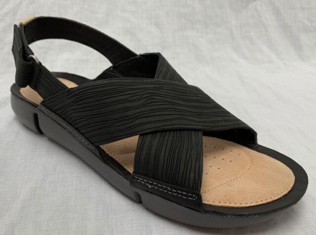 NEU Clarks Damen Tri Chloe trigenic schwarz Nubuk Leder Flache Sandalen