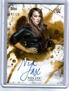 WWE-Nia-Jax-2018-Topps-Undisputed-Gold-On-Card-Autograph-SN-7-of-10