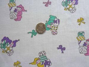 Children's Nursery Bébé Lit Bébé Literie 100% Coton Blanc Multi Impression Tissu -4 M-afficher Le Titre D'origine AgréAble En ArrièRe-GoûT
