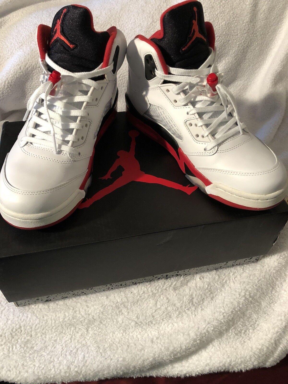 Nike Air Jordan V 5 Retro Size 7.5 White Red Black 136027-162