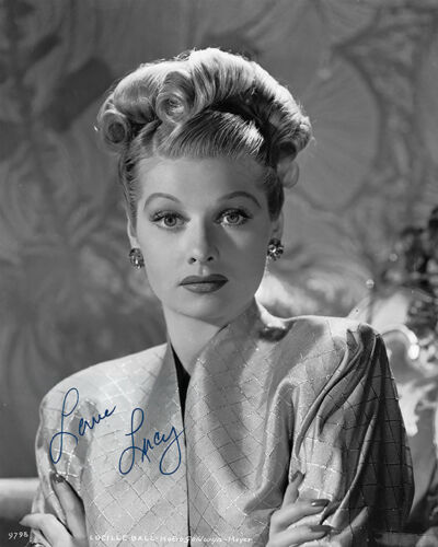LUCILLE BALL MGM Legendary Actress Producer Comedienne Photograph Autograph 8x10