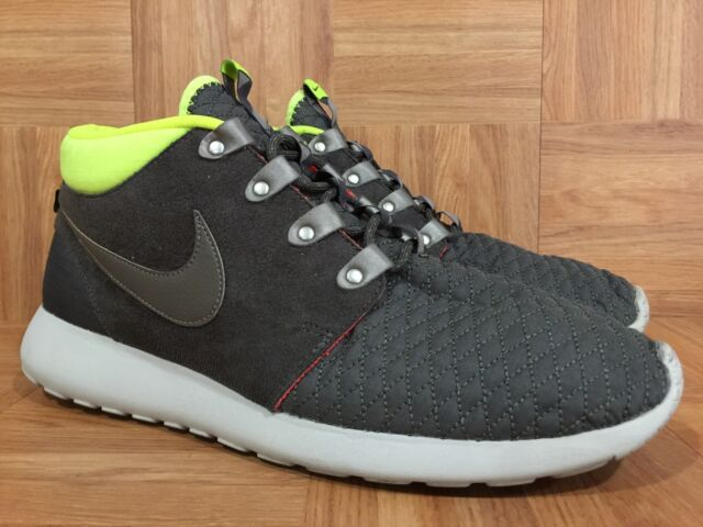 1895ed1ca411c RARE🔥 Nike Roshe Run One Sneakerboot Newsprint Volt Quilt Smoke 12  615601-007