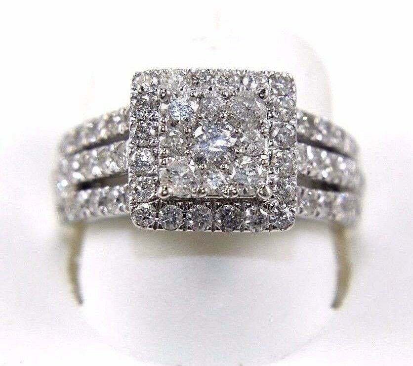 Round Diamond Square Cluster Lady's Ring 14k White gold 2.11Ct