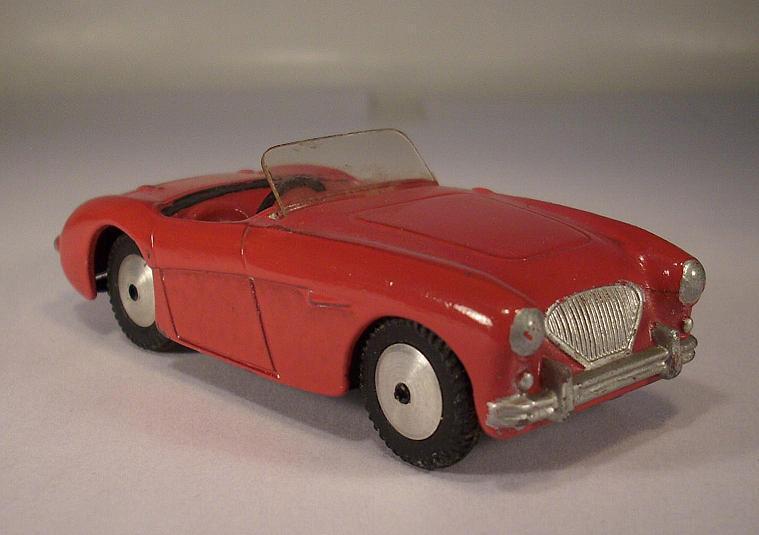 Corgi Toys 300 Austin Healey rot Nr.2  008