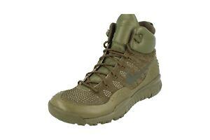 Nike lupinek Flyknit Scarpe da Ginnastica alla caviglia uomo 862505 Tennis 300