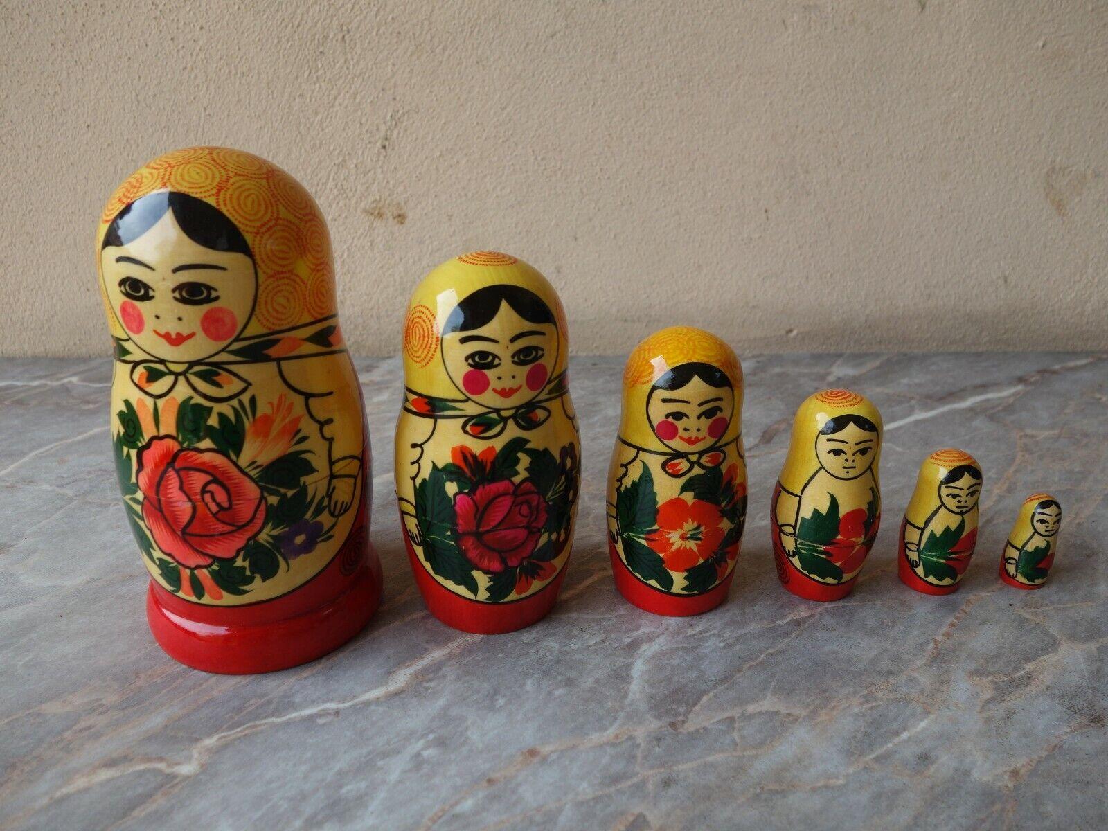 Vintage Lot de 6 ancien rare russe URSS en bois peint à la main Matryoshka Nesting Doll