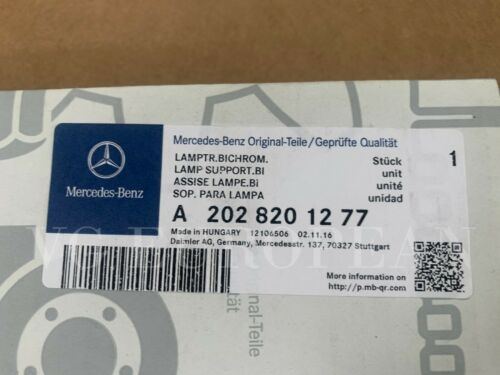 Mercedes Benz Genuine W202 C-Class Rear Right Taillight Bulb Holder Carrier NEW