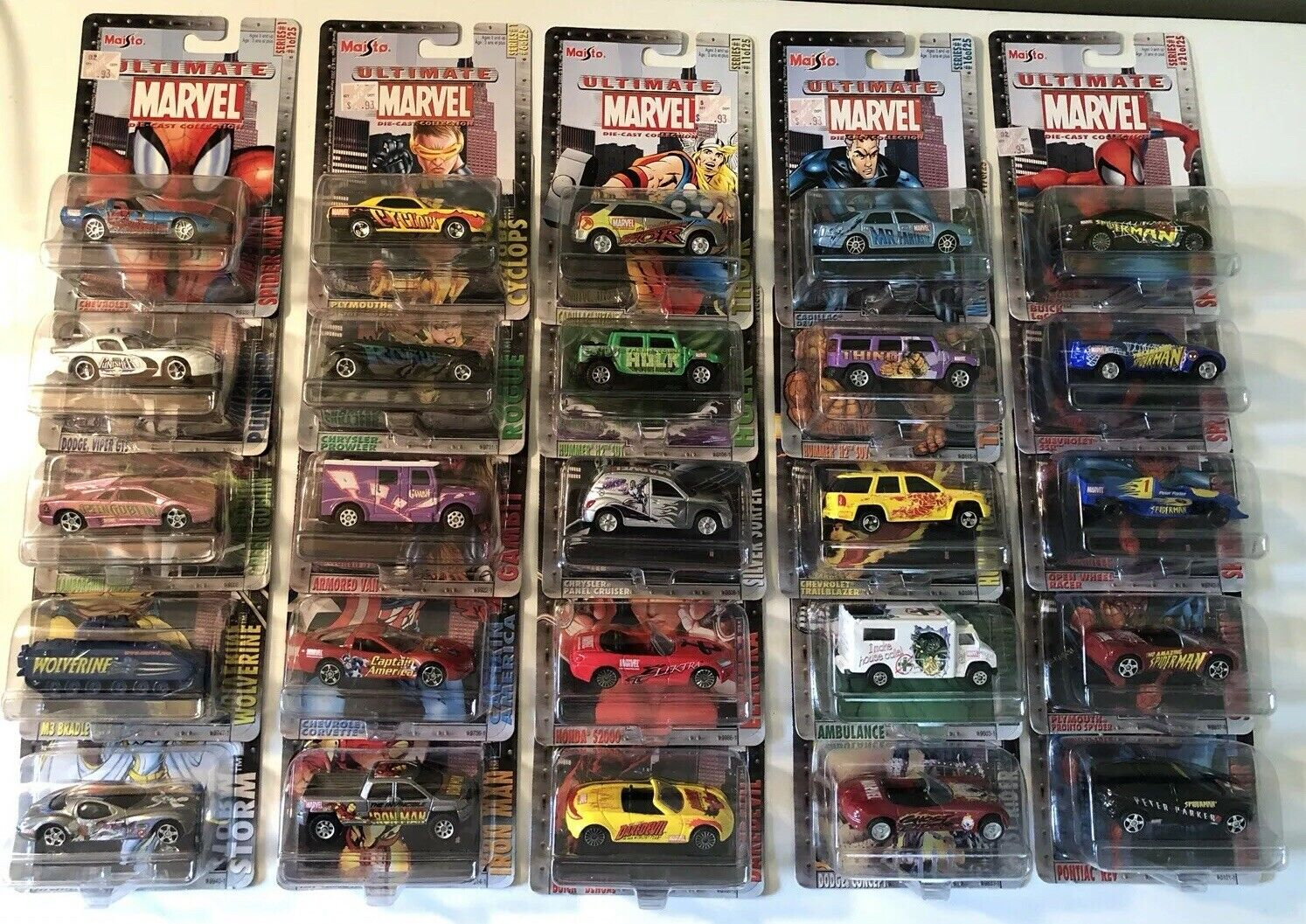 Maisto 1 64 Ultimate Marvel Series of 25 w Peter Parker Limited Vehicle