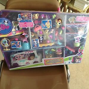 Littlest-pet-shop-Big-personalities-Totally-talented-stars-amp-limo-lps
