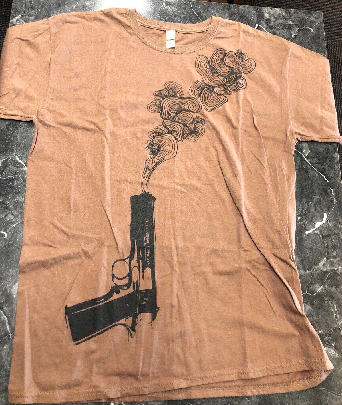 Vintage T Shirt- Smoking Gun Sz L Brown Black NOS King Queen Crown 1911