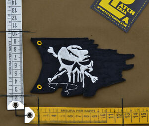 Ricamata-Embroidered-Patch-034-Destroyed-Pirate-Flag-034-with-VELCRO-brand-hook