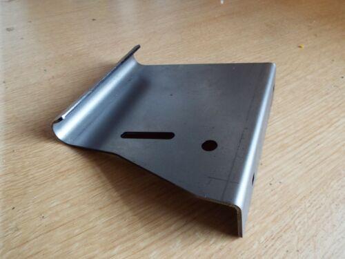 Massey Ferguson 35 35X 135 148 footplate front bracket n//s  foot plate step