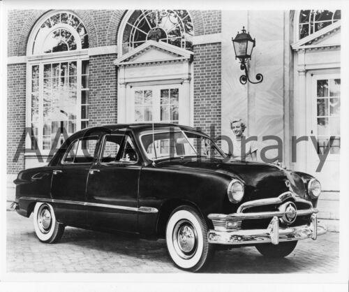 Ref. # 42336 Factory Photo 1950 Ford Custom Fordor