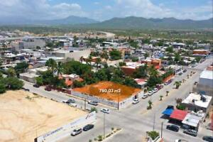 Se vende terreno comercial en Cabo San Lucas, Zona Centro