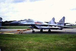 4-412-2-Mikoyan-MIG-29-Russian-Air-Force-407-Kodachrome-slide