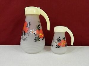 Gay Fad Frosted Glass Waffle & Syrup Pitcher - Lot 169