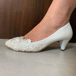 Ivory-Brautschuhe-Lack-Matt-Pumps-High-Heels-Spitze-Perlen-Hochzeit-Damenschuhe