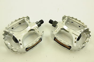 """OLD SCHOOL BMX ALLOY PLATFORM ROUNDED PEDALS 1/2"""" CR-MO AXLE PE604 NEW"""