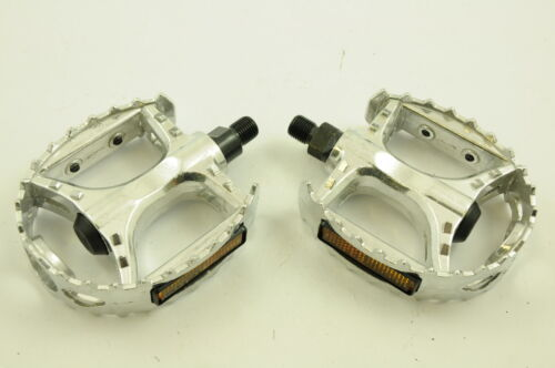 """BMX ALLOY BEAR TRAP PEDALS STRONG CR-MO AXLE 1//2"""" FOR ONE PIECE CRANK BARGAIN"""