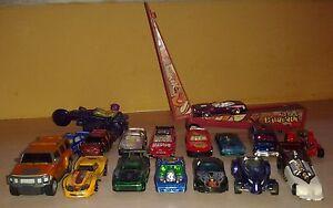 18-Hot-Wheels-Matchbox-Diecast-cars-Lot