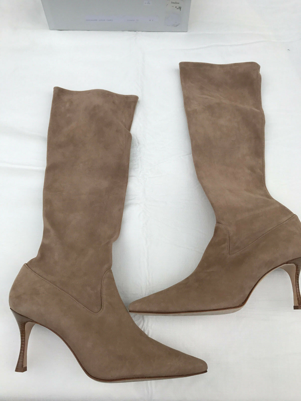 MANOLO BLANIK PASCALARE SUEDE BOOTS IN CAMEL SIZE 41