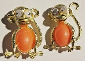 Orange Belly 2 Monkey Vintage Costume Jewelry Pins Broach Gold Tone GooglyEyes