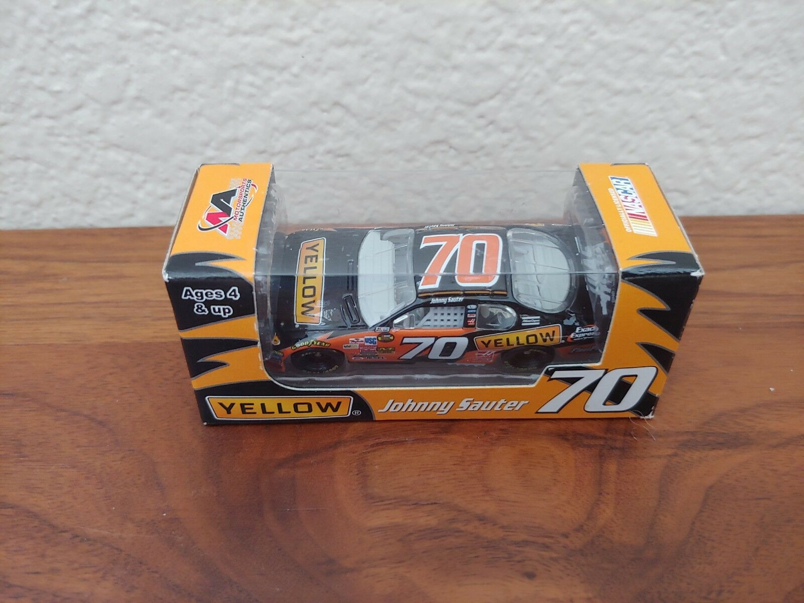 2007  70 Johnny Sauter giallo Transportation Promo 1/64 MA Action Pit Stop MIP